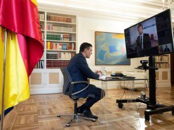 Videoconferencia entre Pedro Sánchez y Pablo Casado