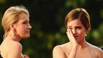 J.K. Rowling junto a Emma Watson