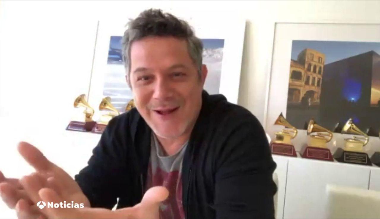 Alejandro Sanz presenta en Antena 3 Noticias su proyecto 'El mundo fuera'