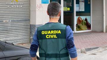 La Guardia Civil en el supermercado