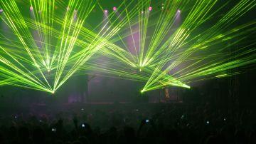 Láser y efectos de discoteca