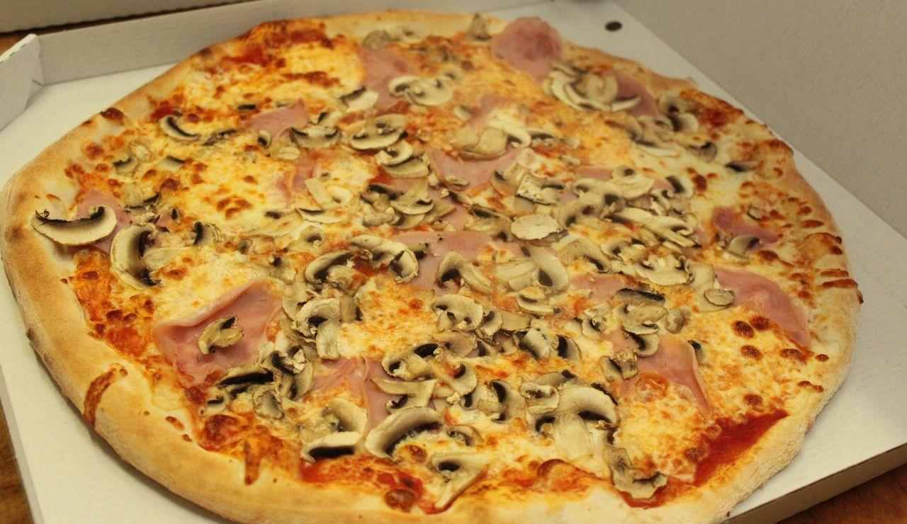 Caja de una pizza