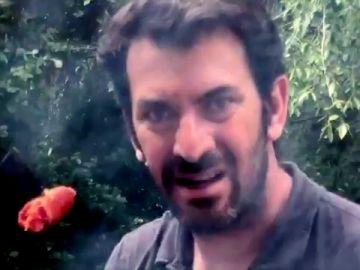 Arturo Valls reinventa el meme viral de la cuarentena y le añade suspense al estilo Spielberg en 'Paella III'