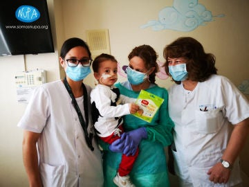 El pequeño Víctor, trasplantado de 6 órganos