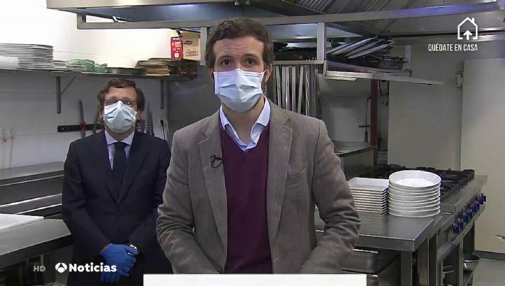 Pablo Casado con mascarilla