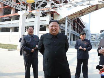 Kim Jong-un reaparece tras 21 días desaparecido