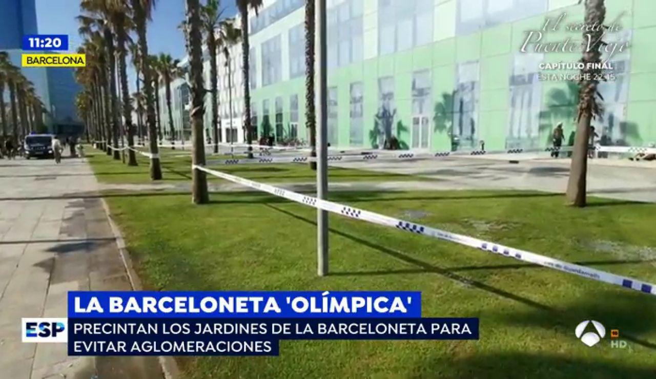 Precintan los jardínes de la Barceloneta para evitar aglomeraciones por el coronavirus