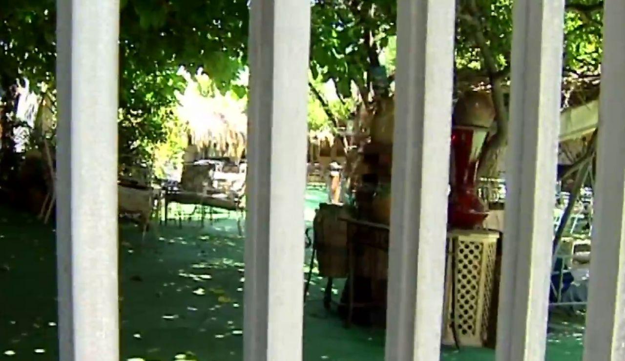 La Policía cierra un bar en Cartagena con casi 300 personas dentro durante la desescalada del coronavirus