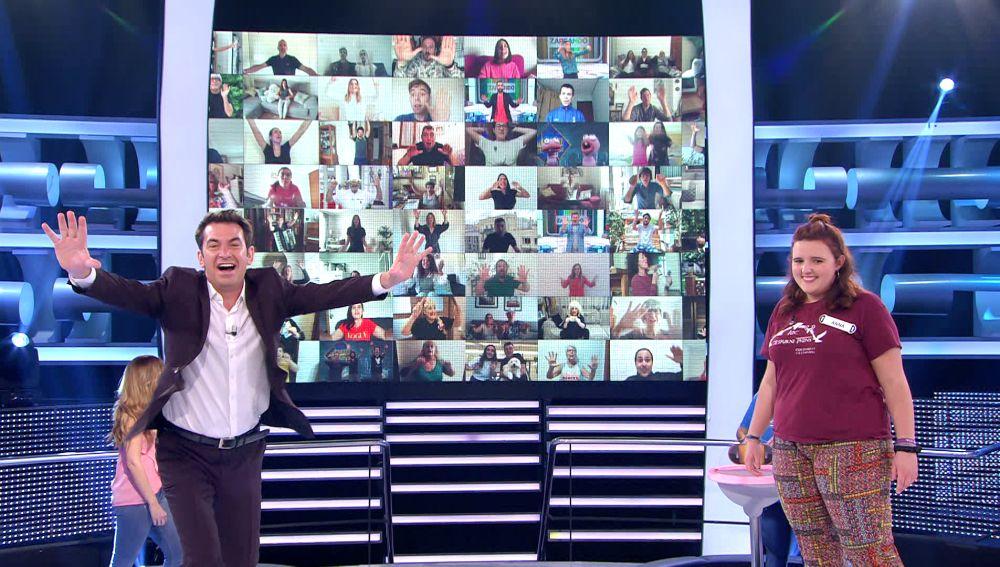 """""""Ya me puedo retirar"""": Arturo Valls flipa al descubrir a una cantante mítica en la gran pantalla de '¡Ahora caigo!'"""