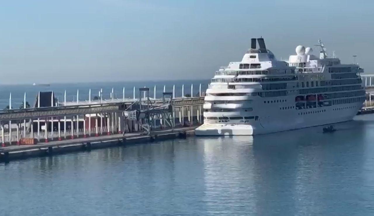 En cuarentena el crucero que atracó en Barcelona tras un positivo de coronavirus entre la tripulación