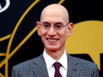 El comisionado de la NBA, Adam Silver