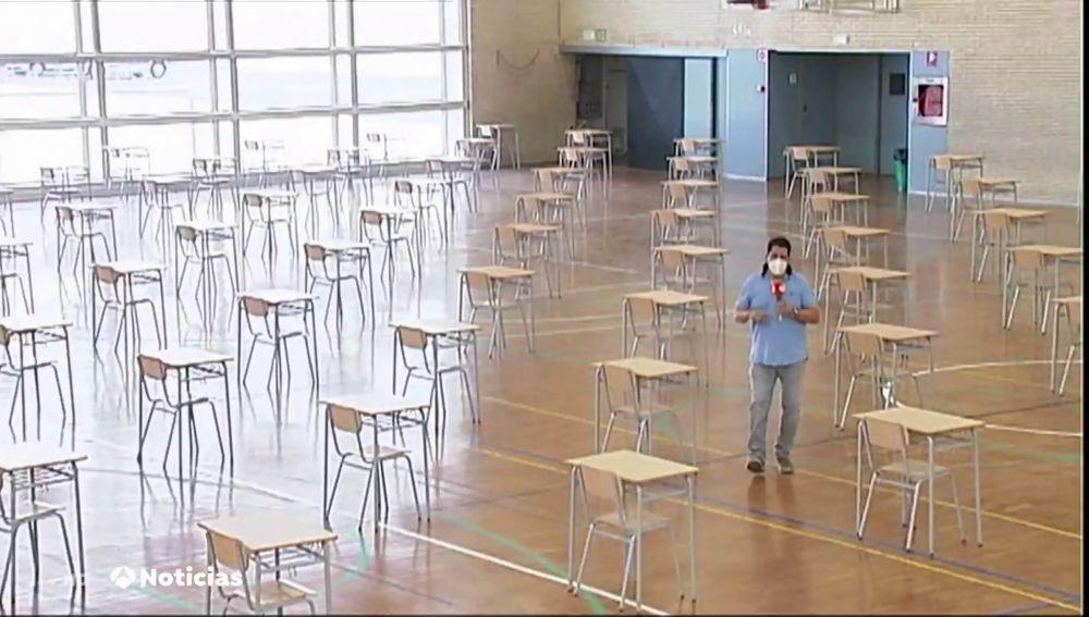 Polideportivos convertidos en aulas para realizar los exámenes durante la desescalada del coronavirus