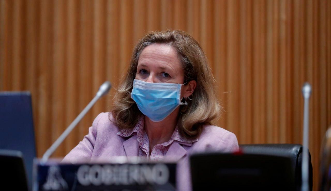 Nadia Calviño anuncia el desarrollo de una app de rastreo de contagios de coronavirus