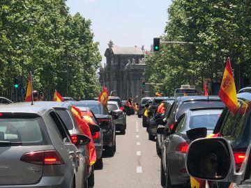 Manifestación en coche convocada por Vox contra la gestión del Gobierno