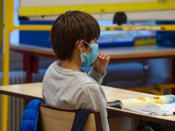 Un colegio concertado quiere cobrar una tasa extra por coronavirus
