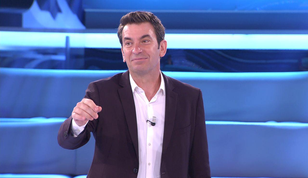 Arturo Valls revela el motivo secreto por el que aceptó presentar '¡Ahora caigo!'