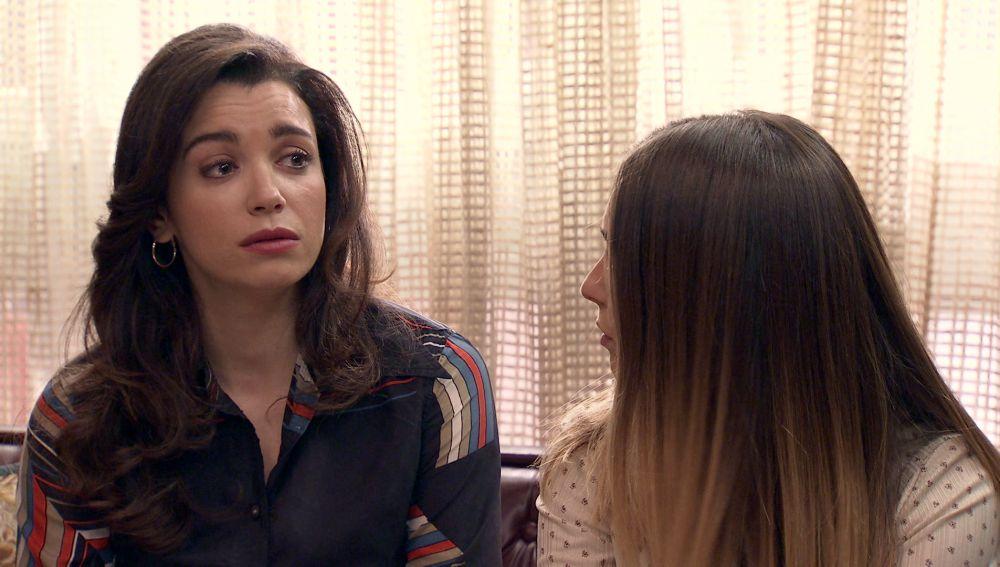 Amelia, hundida al sentirse culpable de lo sucedido a Luisita