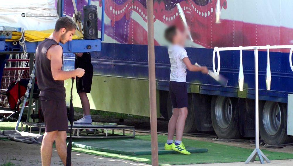 La Guardia Civil atiende el curioso caso de un circo confinado desde el inicio del estado de alarma