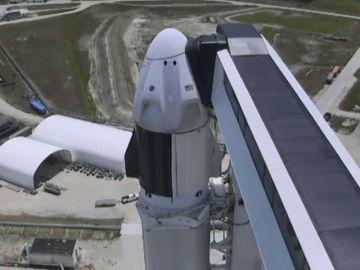 Lanzamiento del primer cohete tripulado privado de SpaceX, streaming en directo