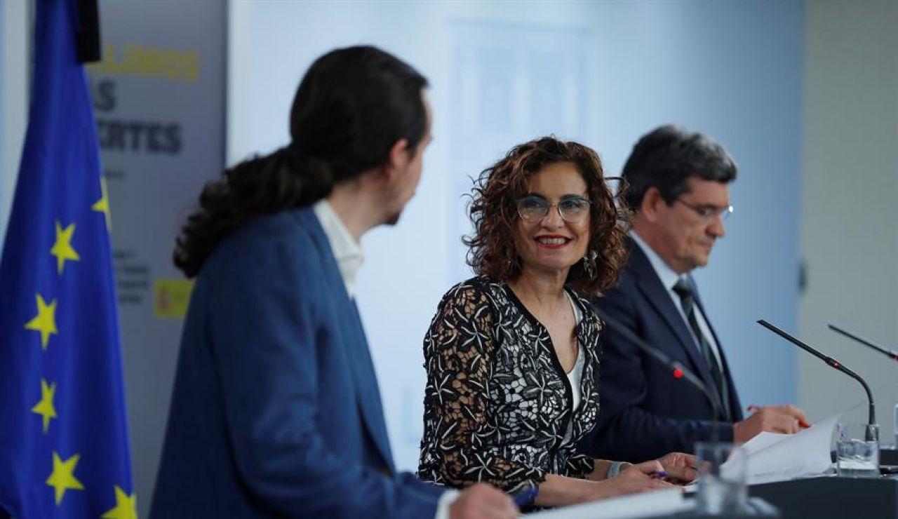 Pablo Iglesias y María Jesús Montero