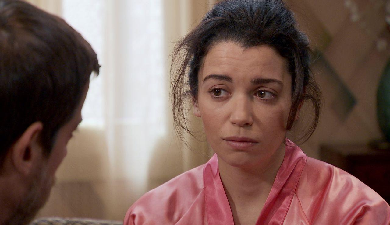 Las palabras de Marcelino remueven el corazón de Amelia ante su arriesgada decisión