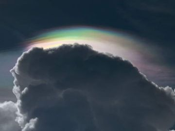 El extraño arcoíris de Bangkok