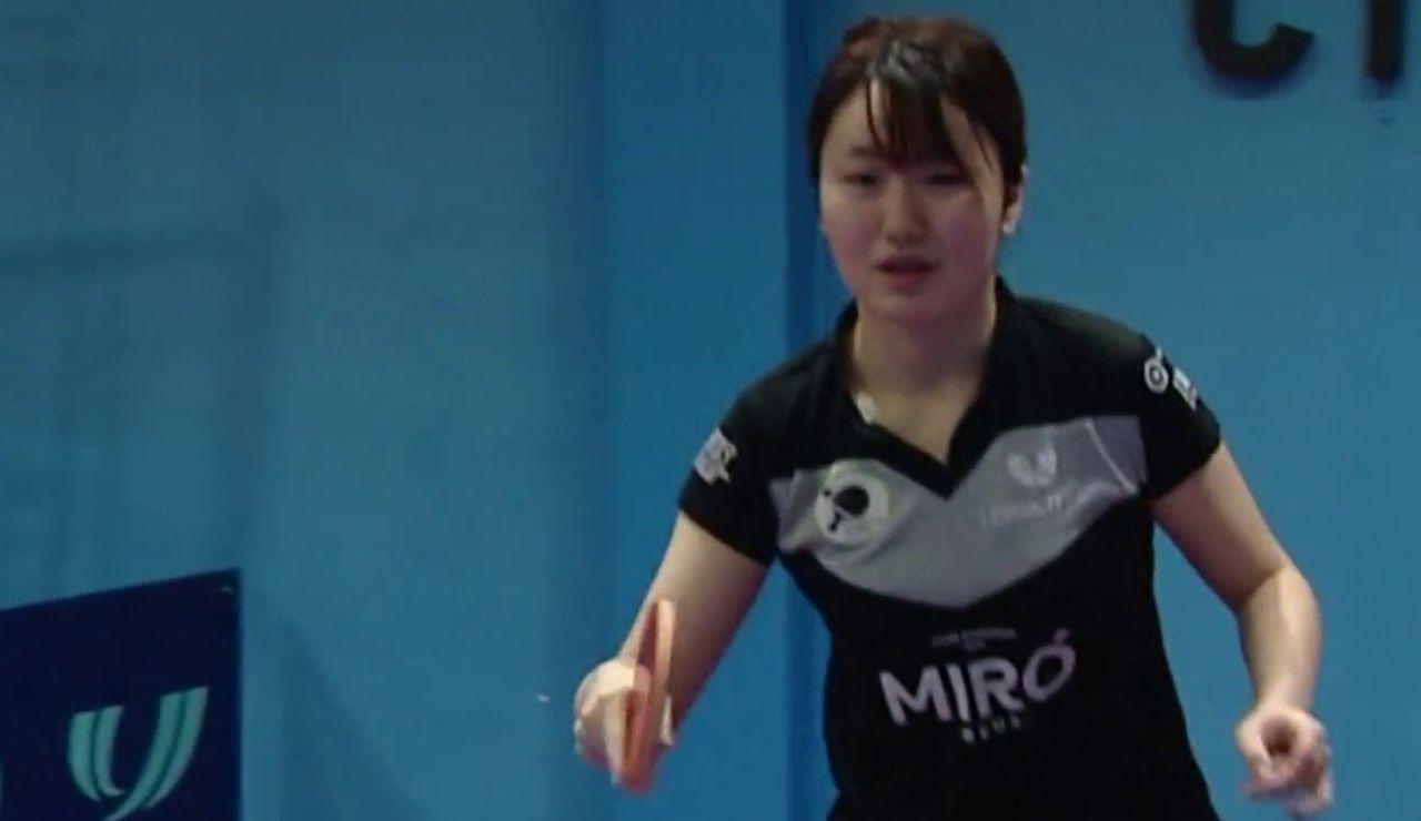 Yue Zuo, la estrella de tenis de mesa de Wuhan confinada en España