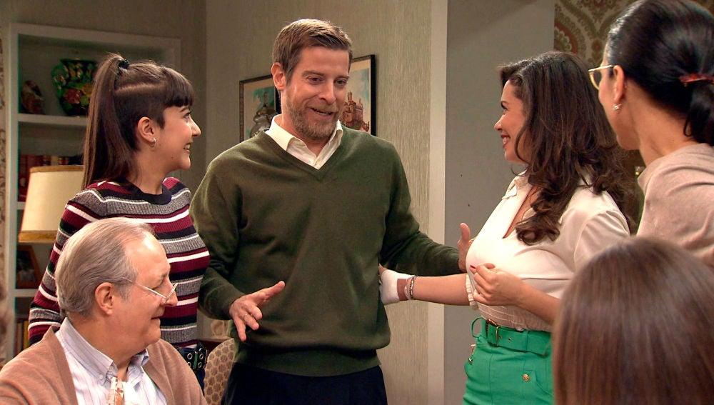 Los Gómez celebran con tremenda emoción que Amelia y Luisita se hayan reconciliado
