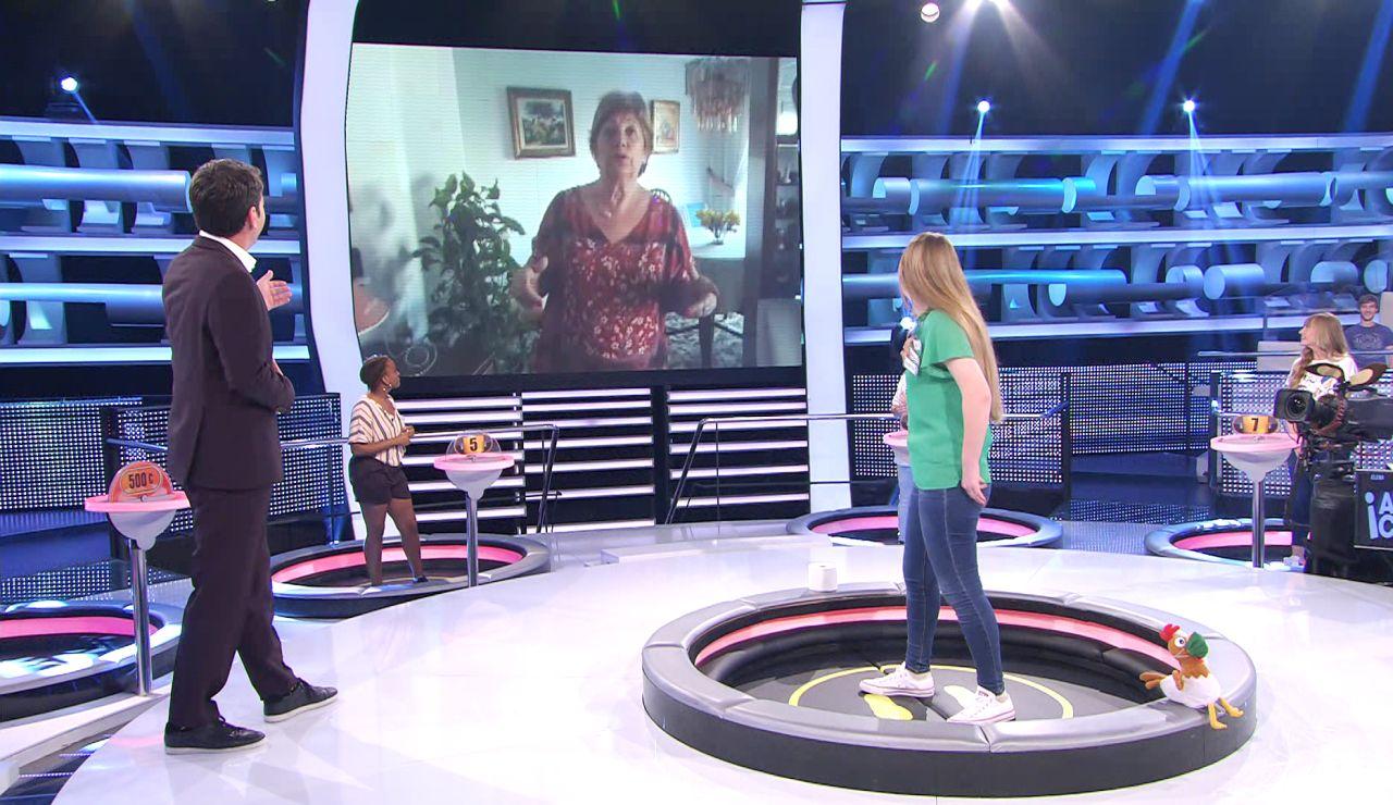 La madre de Arturo Valls le sorprende en '¡Ahora caigo!' con un típico mensaje maternal lleno de ternura