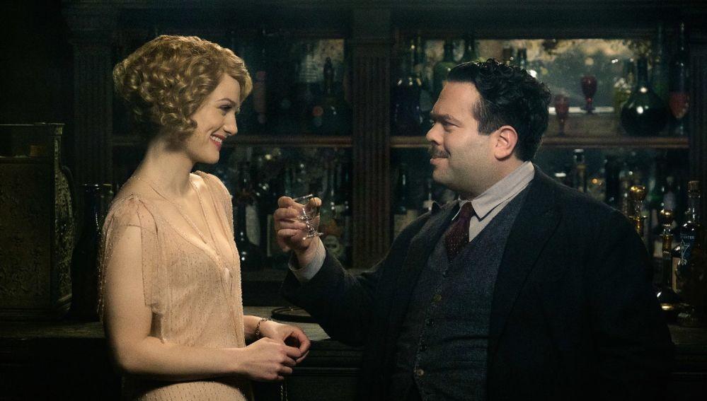 Alison Sudol y Dan Fogler en 'Animales Fantásticos'