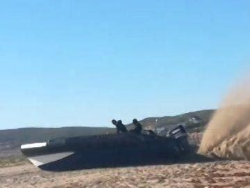 Vídeo: Persecución de película de un helicóptero de la Guardia Civil a una lancha en La Línea de la Concepción