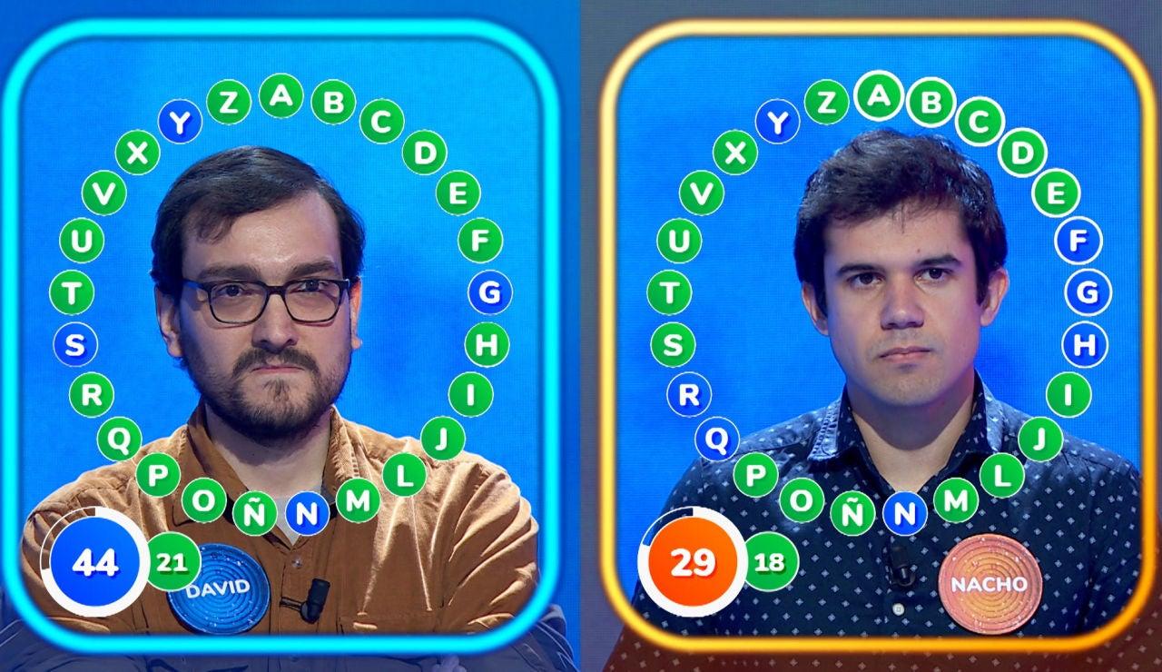 """""""El corazón se me sale"""", la reacción de Roberto Leal al trepidante duelo de David y Nacho en 'El Rosco"""