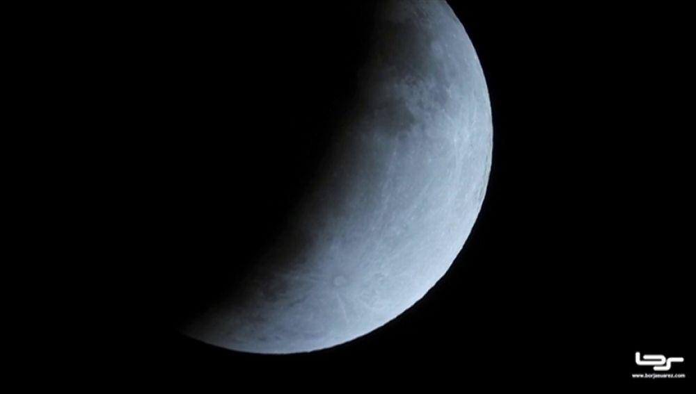 El eclipse lunar de hoy viernes 5 de junio, streaming en directo
