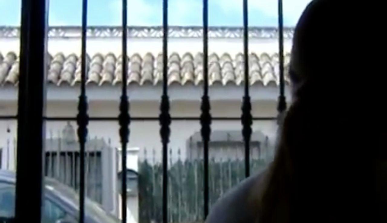Los vecinos vigilan una casa deshabilitada ante los okupas