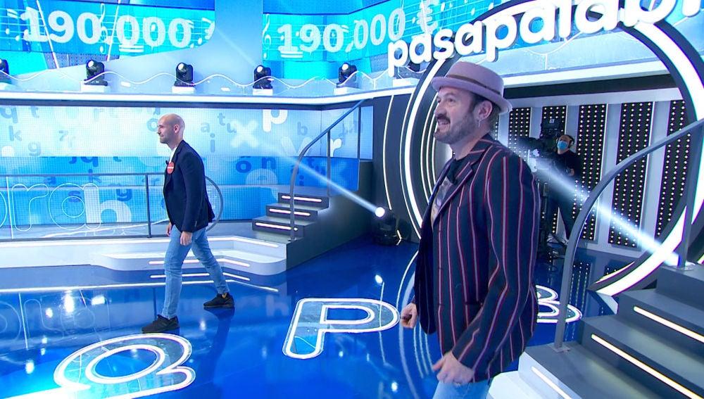 Álex O'Dogherty y Gonzalo Miró le añaden emoción a 'La Pista' con una carrera por 'Venezia'