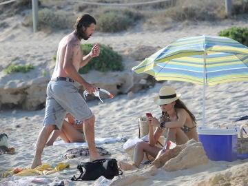 Pau Donés y Eugenia Silva en Ibiza