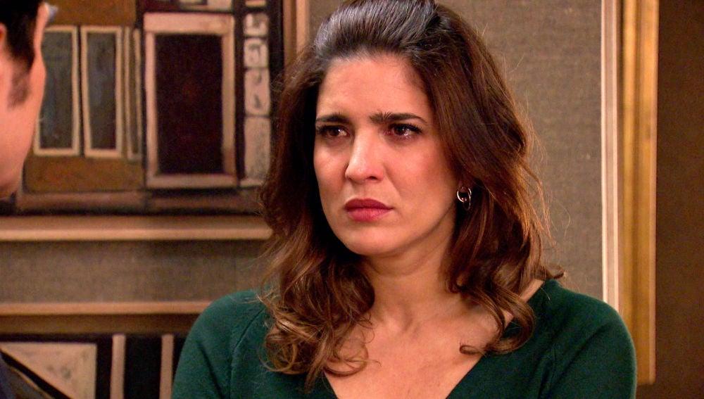 Irene rechaza y desprecia a Armando tras sus falsas palabras