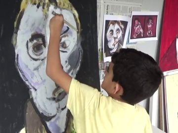Hugo, un pequeño artista que lucha contra la enfermedad de Dent