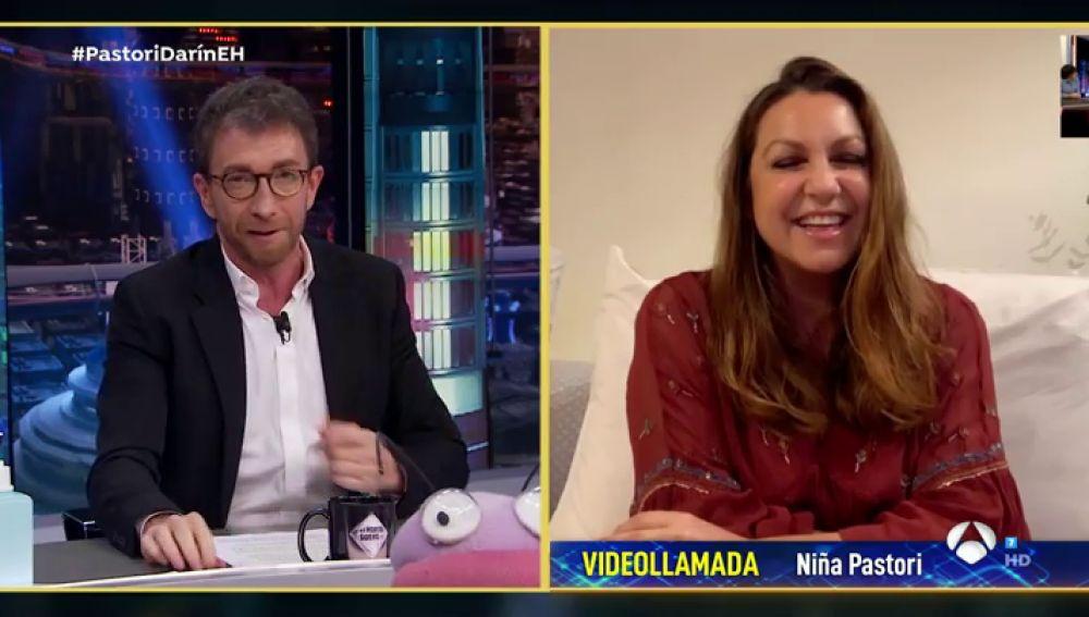 ¡Pelos de punta! Niña Pastori deleita con 'Cai' en directo en 'El Hormiguero 3.0'