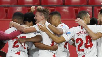 Críticas a los futbolistas del Sevilla por la celebración del segundo gol al Betis en la vuelta de la Liga
