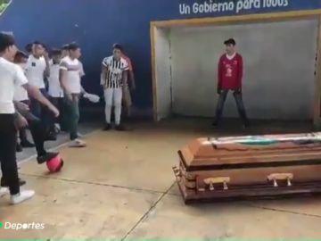 futbolistatiroteado