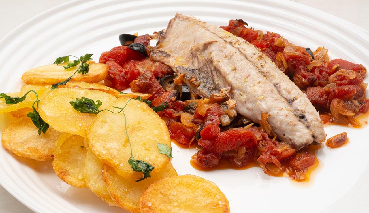Receta de verdel con patatas y tomate, de Karlos Arguiñano: un pescado que estará hecho en tan solo 6 minutos