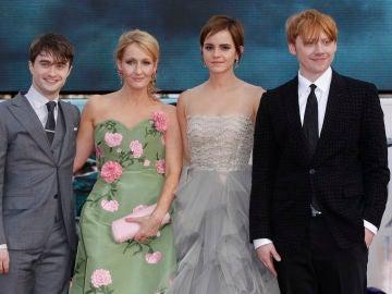 Daniel Radcliffe, J.K. Rowling, Emma Watson y Rupert Grint