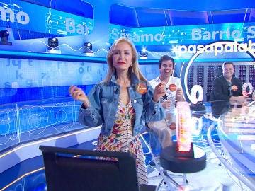 Carmen Lomana brilla en 'La Pista' con la sintonía de 'Barrio Sésamo'