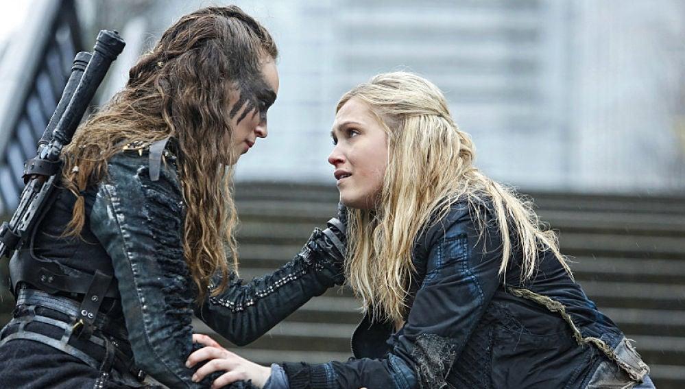 Lexa y Clarke en 'The 100'