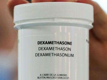 Dexametasona, el medicamento que podría paliar el coronavirus