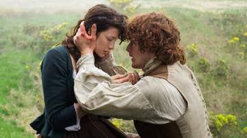 Caitriona Balfe y Sam Heughan como Calire y Jamie en 'Outlander'