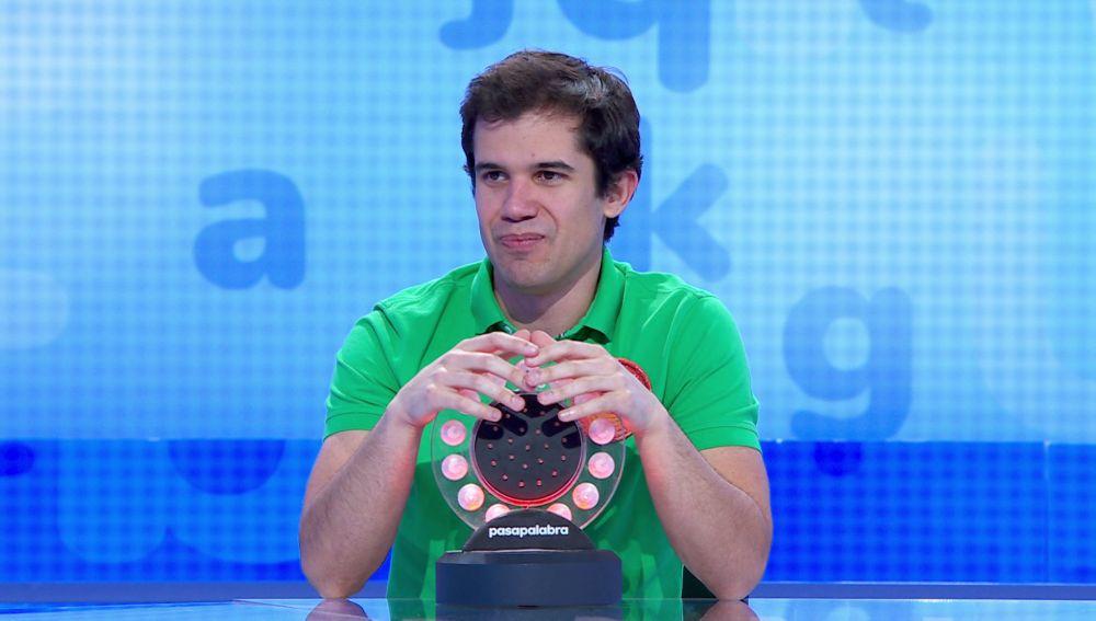 El tímido tarareo de Nacho le lleva a la victoria en 'La Pista'