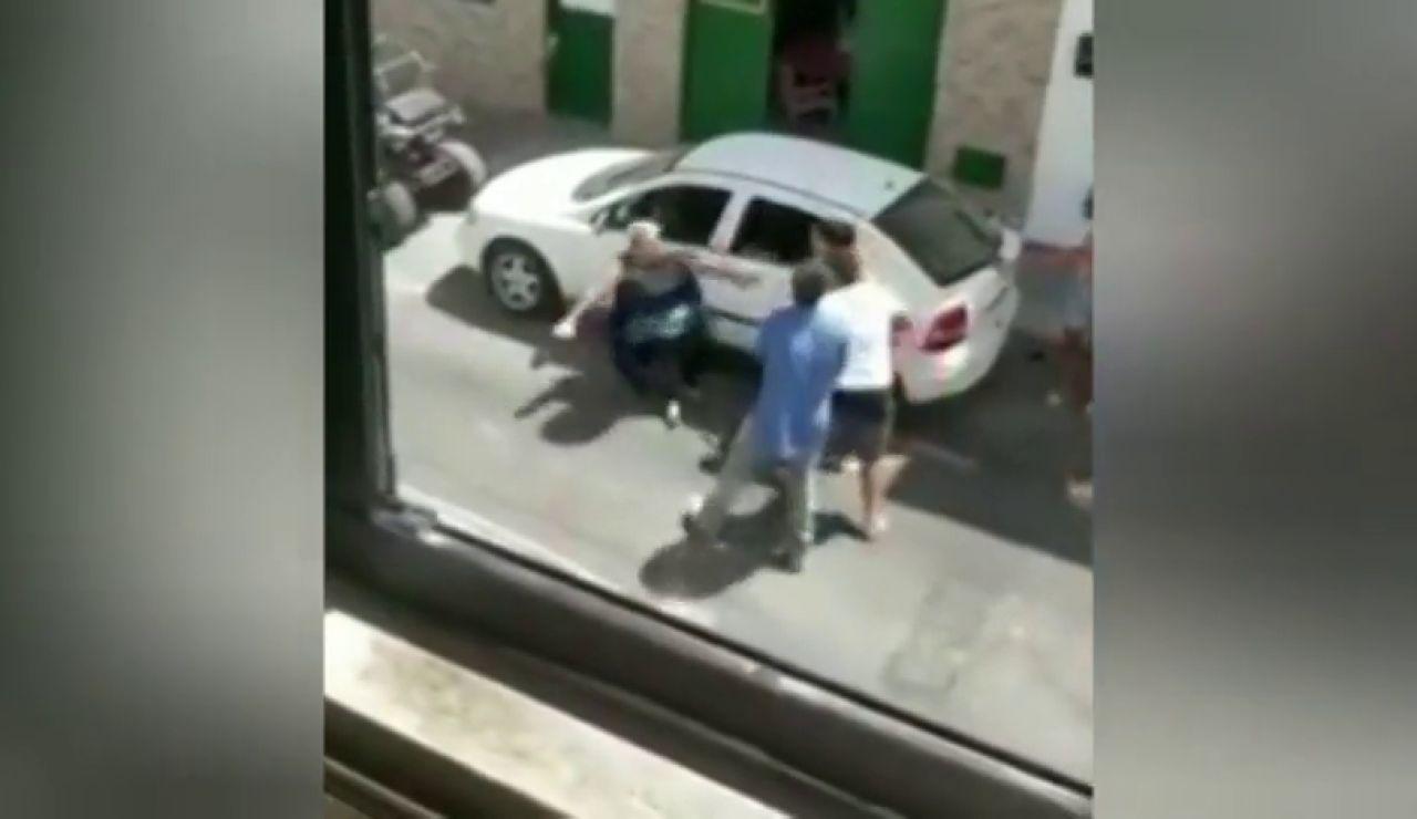 Brutal pelea a palos entre los miembros de una misma familia en Arrecife, Lanzarote