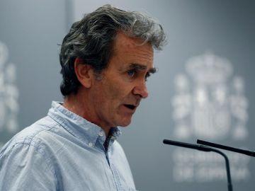 El director del Centro de Coordinación de Alertas y Emergencias Sanitarias, Fernando Simón, en una rueda de prensa